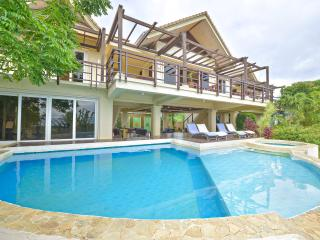 Beautiful House with Deck and Internet Access - Boracay vacation rentals