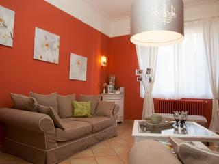 3 bedroom Guest house with Internet Access in Jouques - Jouques vacation rentals