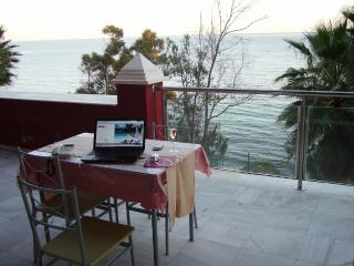 Panoramic Seaview  bedroom with own bathroom - Estepona vacation rentals
