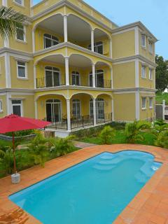 Beautiful 3 bedroom Mahebourg Apartment with Internet Access - Mahebourg vacation rentals