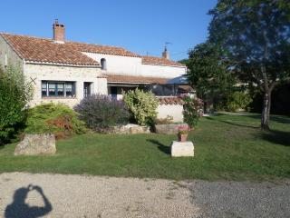 B&B Bien être en Vendée La Frise, Chambre Angelina - Lucon vacation rentals