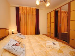 Family apartment 10 metres from the beach - Arbanija vacation rentals