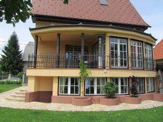 Cozy 2 bedroom Ljubljana Condo with Deck - Ljubljana vacation rentals