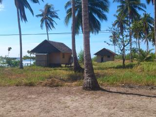 Nice 2 bedroom Beach hut in Narra - Narra vacation rentals