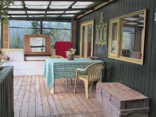 Chalet in de Languedoc, vanaf 280 euro - Vacquieres vacation rentals