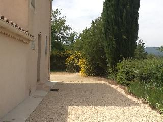 Nice House with Internet Access and Satellite Or Cable TV - Ansouis vacation rentals