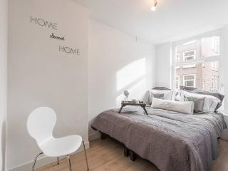 In Heart of the Jordaan with 3BR - Amsterdam vacation rentals