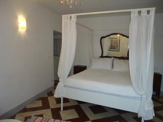 Art & Breakfast, Ripabottoni room Malvasia - Ripabottoni vacation rentals
