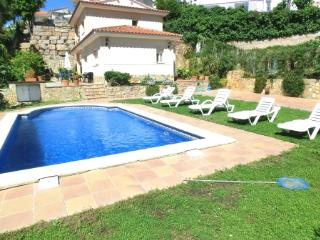 Lina - Lloret de Mar vacation rentals