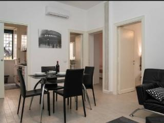 Elegant Vatican Apartment . Up to 5. - Rome vacation rentals