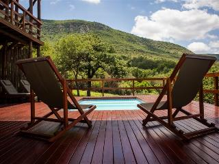 Royal Jozini Lisango Lezulu Lodge - Lavumisa vacation rentals