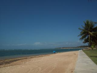 Nice Cave house with A/C and Television - Ilha de Itaparica vacation rentals