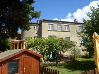 FABULOUS 5 BEDROOMED PROPERTY NEAR CARCASSONNE - Trebes vacation rentals