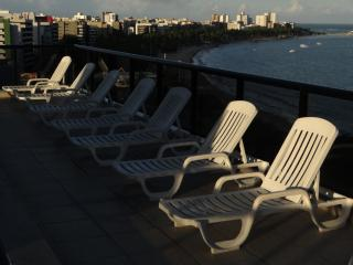 Bright 2 bedroom Maceio Apartment with Swing Set - Maceio vacation rentals
