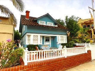 HBA Blue Dolphin - Turn of the Century Cottage, Steps to the beach and the Hermosa Pier! - Los Angeles County vacation rentals