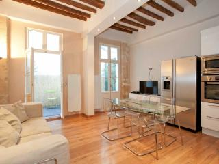Flat for 3 heart of Marais next to Musée Picasso - Paris vacation rentals