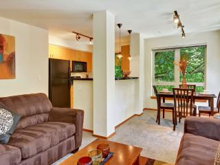 Stay Alfred Between Pike Place & Space Needle SH2 - Seattle vacation rentals