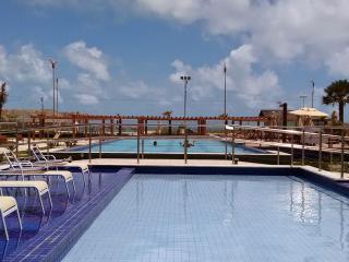 Bright 1 bedroom Apartment in Fortaleza - Fortaleza vacation rentals