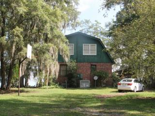 Southside with Amazing views  (Simons) - South Carolina Lakes & Blackwater Rivers vacation rentals