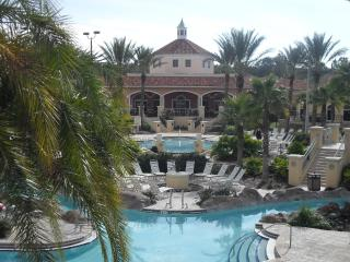 Nice Townhouse with Internet Access and A/C - Davenport vacation rentals