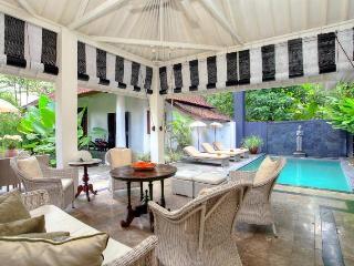 Villa Putih Sekali - Seminyak vacation rentals