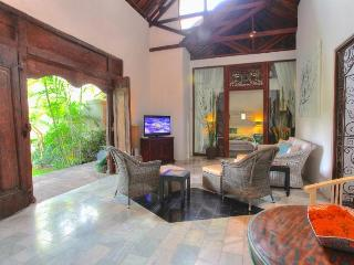 4 BR with Colonial Style in Drupadi-Seminyak - Seminyak vacation rentals