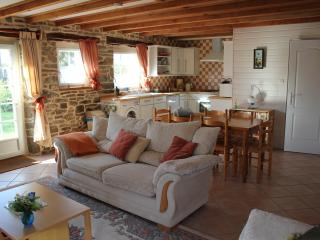 Hydrangea Cottage - Brittany vacation rentals