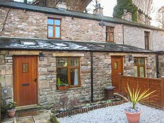 GRETA COTTAGE, romantic, open plan, dog-friendly, in Ingleton, Ref 919675 - Yorkshire Dales National Park vacation rentals