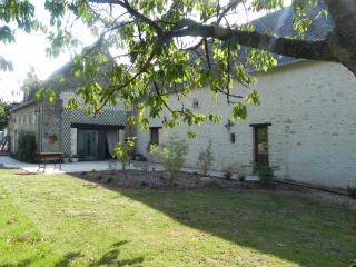 Nice Guest house with Internet Access and Garden - Saint-Vigor-le-Grand vacation rentals