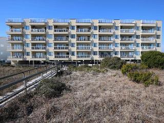 Got It All - 3 Bedroom oceanfront condo close to the Carolina Beach Boardwalk - Carolina Beach vacation rentals