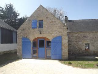 Cozy Gite in Pouldergat with Cleaning Service, sleeps 4 - Pouldergat vacation rentals