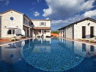 Luxury villa with pool for rent in Istria - Croatia vacation rentals