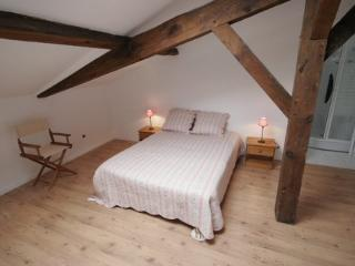Romantic 1 bedroom Linxe Bed and Breakfast with Internet Access - Linxe vacation rentals