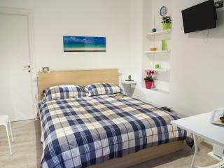 Andrea, 200 meters from the beach - Mondello vacation rentals