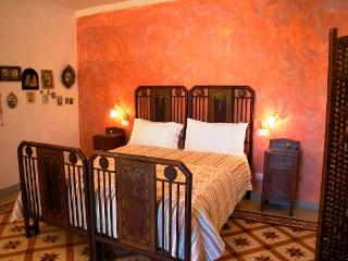 Art & Breakfast, Ripabottoni room Tintilia - Ripabottoni vacation rentals