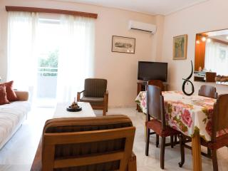 A Homely 1 Bdr Apt 350m from Beach - Attica vacation rentals