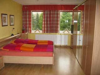 Bright 2 bedroom Apartment in Annaberg-Buchholz with Internet Access - Annaberg-Buchholz vacation rentals