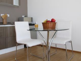 3 CedarCats Short Stay Apartments - San Pedro vacation rentals