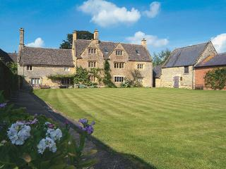 Willington Farmhouse - Shipston on Stour vacation rentals