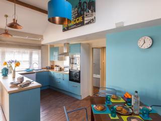 Harington's Loft Central Apartment - Bath vacation rentals