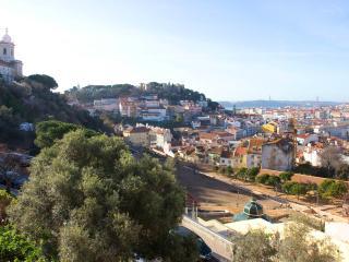 Apartamento Romântico na Graça/Castelo - Lisbon vacation rentals