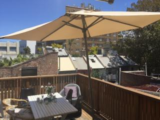 Darlinghurst location with terrace - Sydney vacation rentals