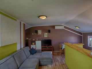 Apartment 300m close to beach near Brioni island - Fazana vacation rentals