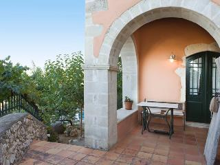 Traditional Apartment Sofia near Chania - Kastellos vacation rentals