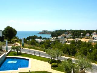 Casa G - fabulous Les Oliveres Beachside Resort - L'Ampolla vacation rentals