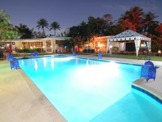 5BR / Villa Fenice / Waterfront / Jet Skis - Miami Beach vacation rentals