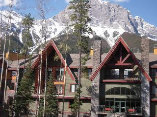 Canmore, Studio up to 2 BR (priced for STUDIO) - Canmore vacation rentals