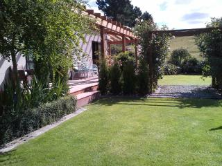Beautiful B&B with Internet Access and Grill - Oamaru vacation rentals