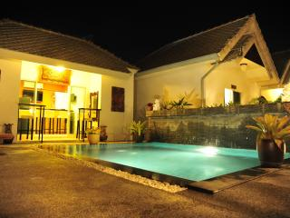 Perfect Bungalow with Internet Access and A/C - Bang Tao Beach vacation rentals