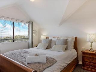 ROCK4- 3 Bedroom dual level penthouse - Sydney vacation rentals
